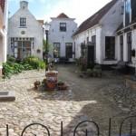 Een heel mooi hofje in Den Burgh