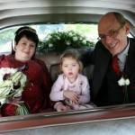 René, Mirthe en Bea in de auto