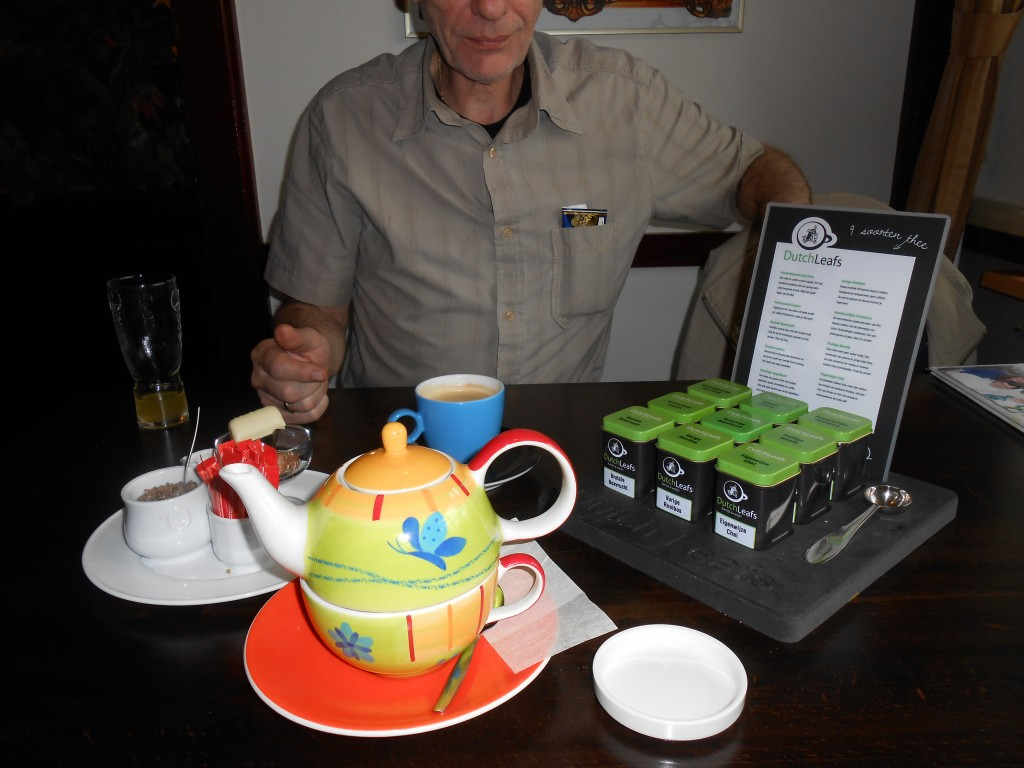 081 - en als toetje heerlijke ondeugende bosvruchten thee