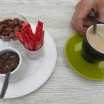 164 - en ja kan niet anders de koffie voor Rene
