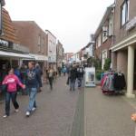 35 - even shoppen in Den Burg